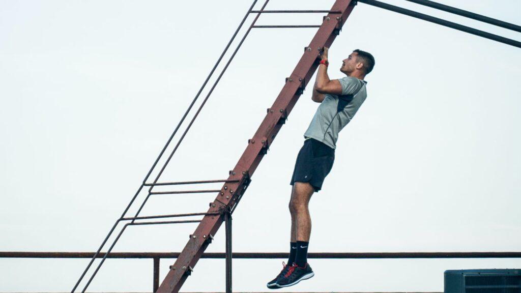 بارفیکس رفتن برای عضلات